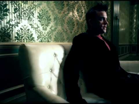 robbie-williams-sexed-up