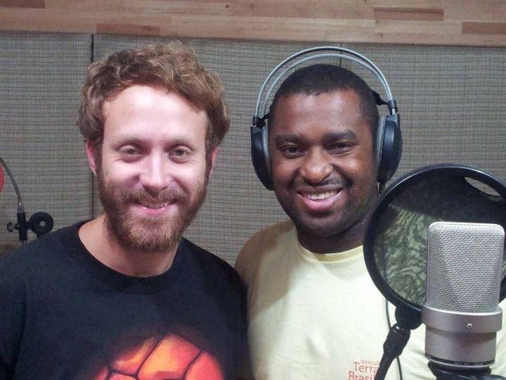 Sérgio Hondjakoff e Dino Boyer durante pausa no estúdio